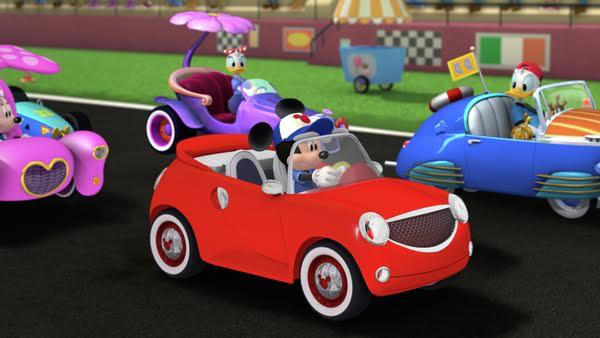 Mickey și piloții de curse4