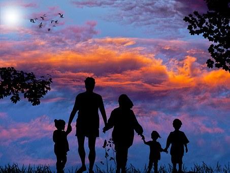 family-1517192__340.jpg